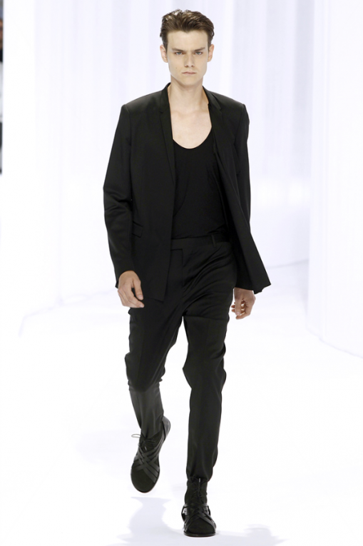 'superstraightalphamale_diorhomme_spring2011_fourfront1602'